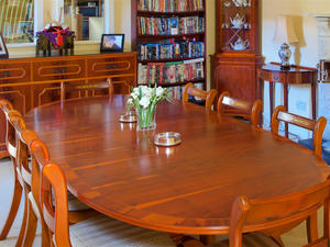 Yew Dining Table And Chairs Set