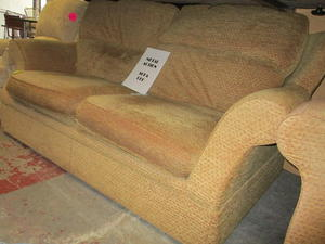 Sofa Bed & 2 Armchairs £145 in Cowes