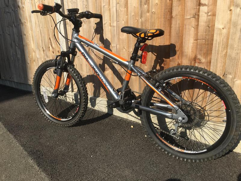Diamond Back Octane 20inch Mountain Bike - Great Condition