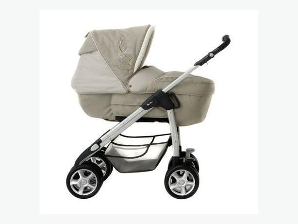 7abdc8d1b8e6 Silver Cross Deluxe Sleepover pram and carseat set RRP £1000 - Ryde ...