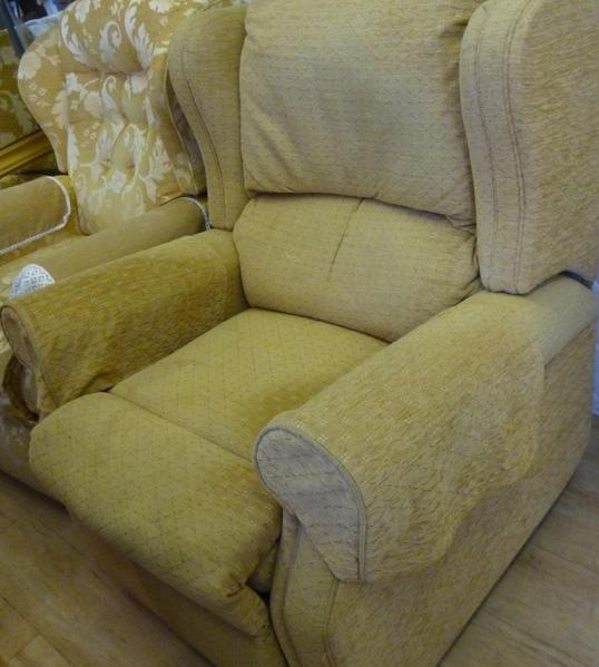 SANDOWN ROTARY CHARITY FURNITURE STORE now at LAKE HIGH