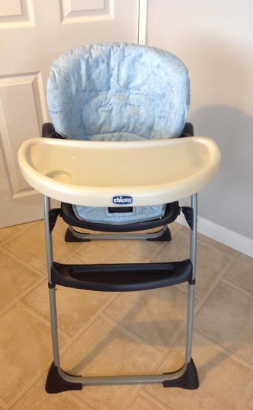 3b5ee7c9dc4a Chicco highchair - Ryde - Sold