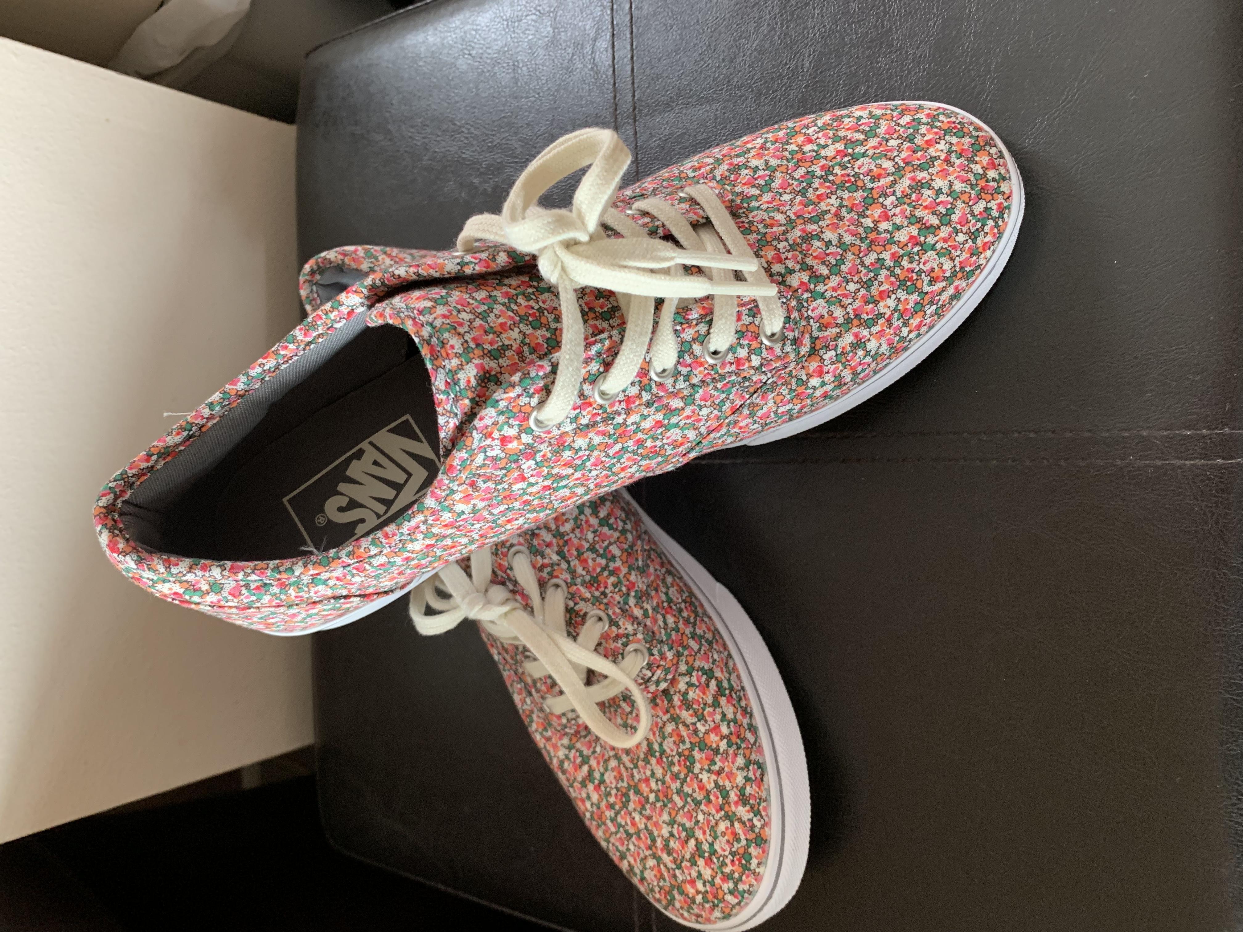 35ee42a90e5cbf Vans shoes - Ryde