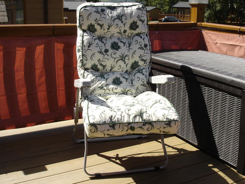 6e0c5d5b1438 Alfresia' Garden Recliner Chair - TWO Available - Ryde | Wightbay