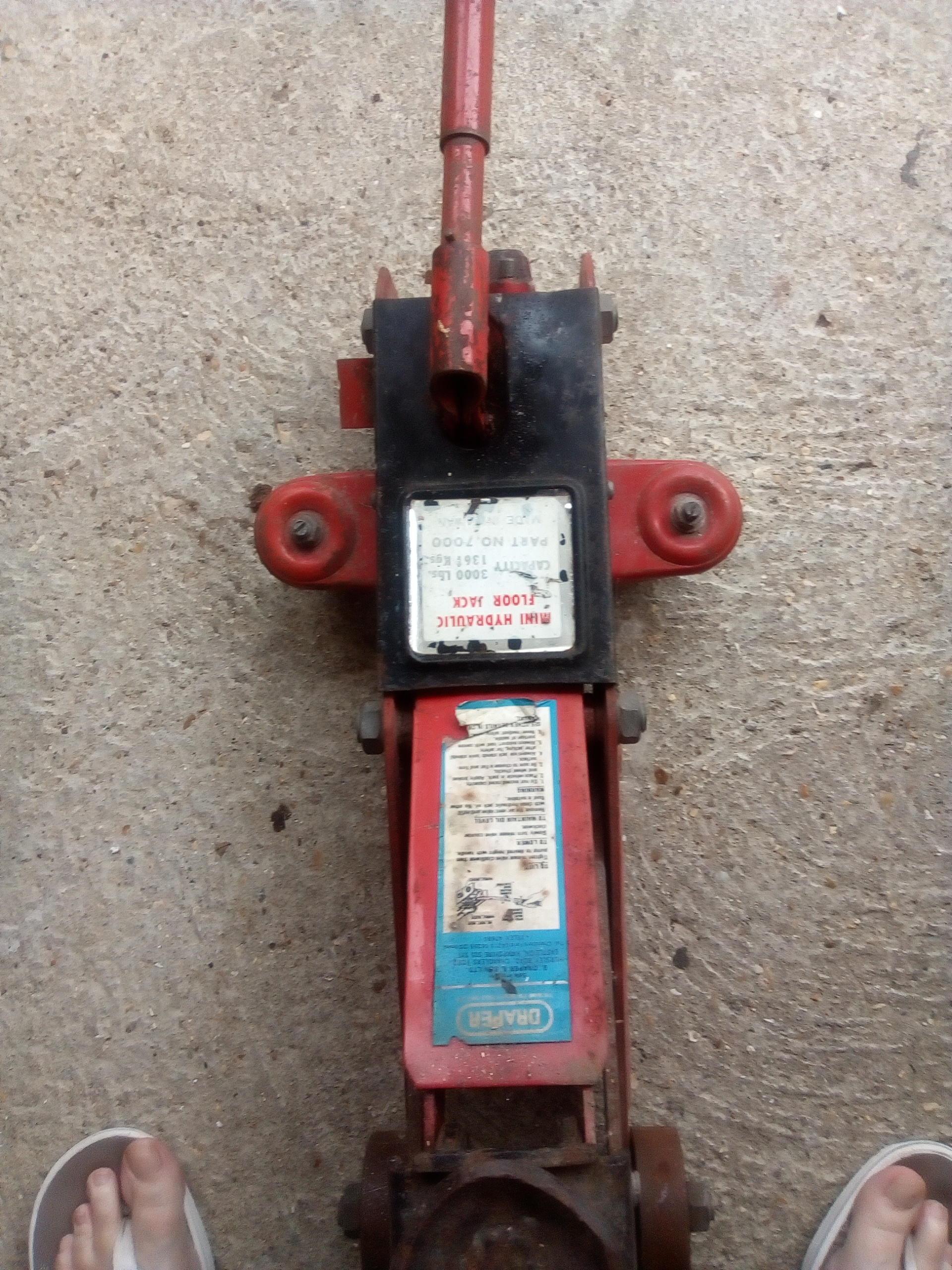 Trolley Mini Hydraulic Floor Jack Capacity 3000 Lbs
