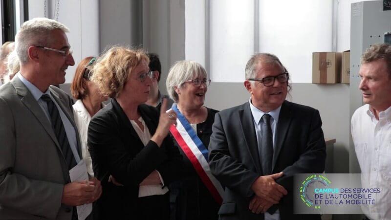 Muriel Pénicaud visite le Campus des services de l'automobile et de la mobilité à Guyancourt