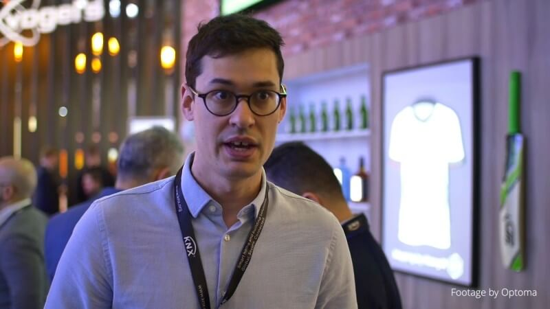 HeavyM - Retail use case - Projection mapping at ISE 2020 (English/French subtitles)