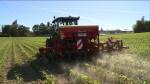 En Isère, ces agriculteurs qui préfèrent le désherbage mécanique aux désherbants chimiques