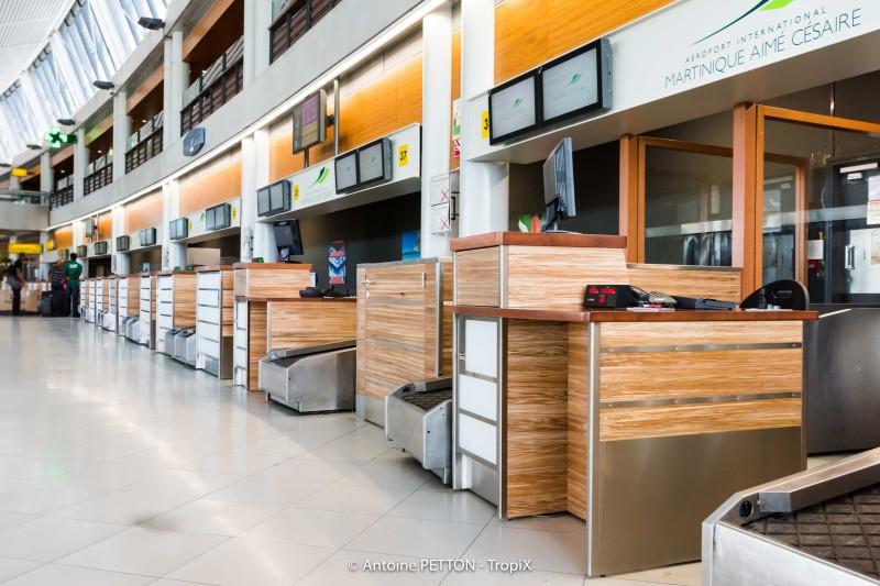 Aéroport - Martinique - Panneaux d'agencement