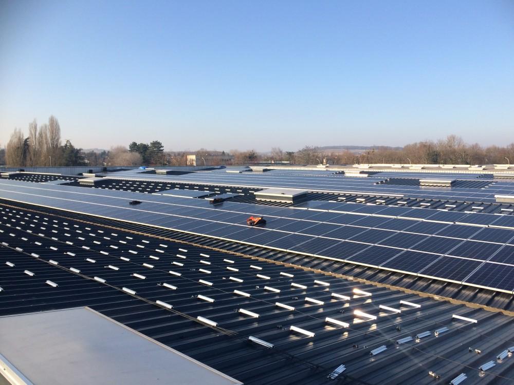 Déjà 40% des panneaux photovoltaiques posés sur la toiture le 31/01/2017