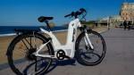 Intéressons nous au look, au mode de fonctionnement et au poids du vélo électrique proposé par Pragma Industries.