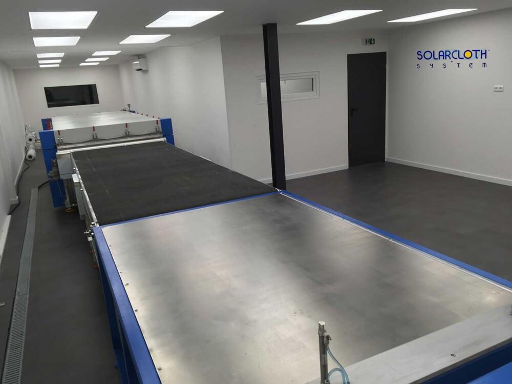 laminoir et ligne de production automatisée, salle blanche.