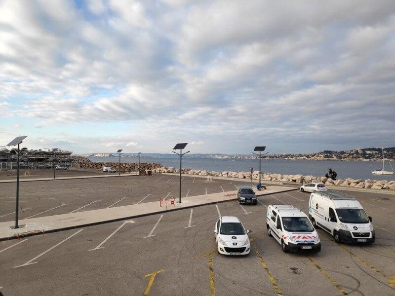 Lampadaires solaires Yatching Club Point Rouge (15 Lampadaires - ville de Marseille, Bouches du Rhône).