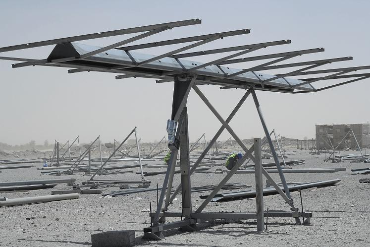 Tracker 1,5 axe UAE Enerwhere Al Dhafra structure