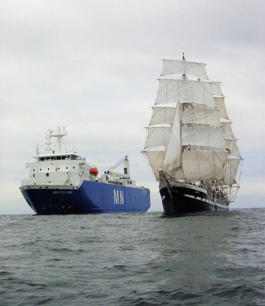 Aux origines du projet : la double expérience des fondateurs de NEOLINE dans la marine marchande classique et de la navigation à bord de Belem