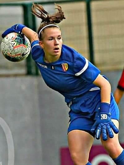 Justine Rousseau (gardienne RC Lens , division 2 féminine)
