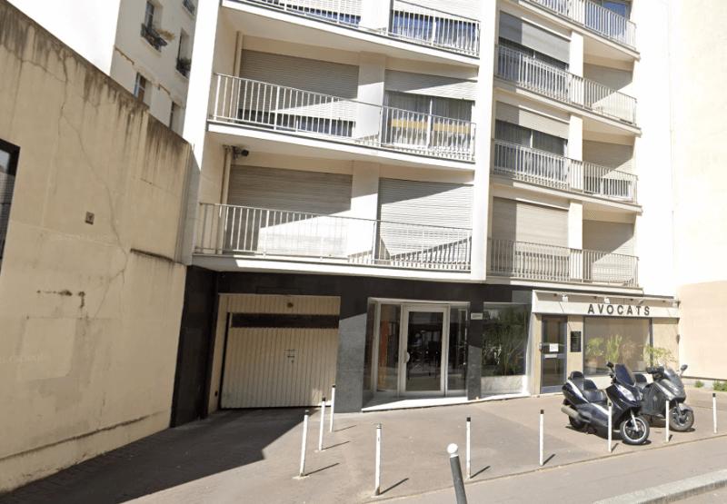 Entrée Parking  10 bis Rue des frères Morane