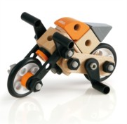 A new range of exciting Brio Builder construction toys