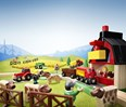 BRIO Farm Railway Set 33719 with Barn, Train, Tractor and Cow