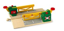 BRIO Magnetic Action Crossing 33750 Wooden Railway Accessory | 33750