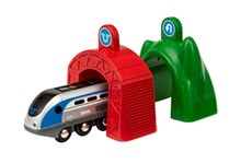 BRIO Smart Tech - Engine with Action Tunnels 33834 for Wooden Train Set