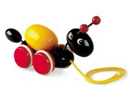 BRIO Ant with Rolling Egg 30367