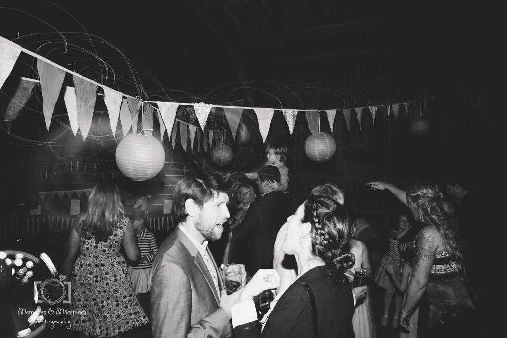 devon-barn-wedding-80