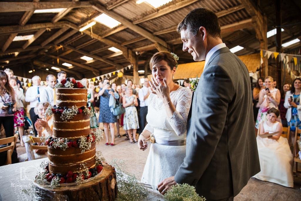 devon-barn-wedding-63