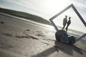 Emma & Amy's beautiful Devon beach shoot {images by Mrs Jutson}