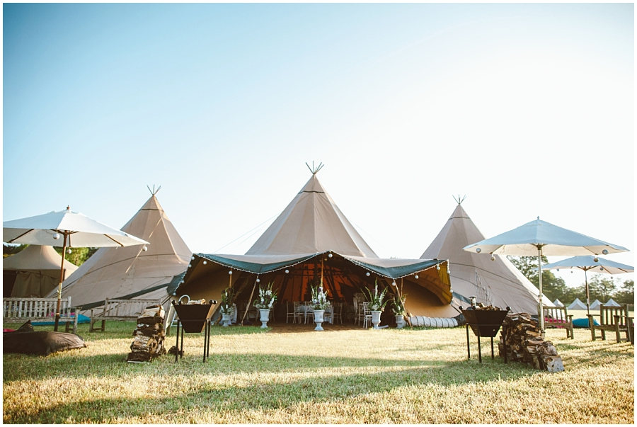 Established in 2007 World Inspired Tents are multiple award-winning providers of beautiful giant Nordic tipis for magical weddings all year round. & World Inspired Tents - Pasties u0026 Petticoats