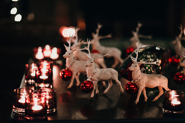 Twinkly lights, cosy nights and festive wedding inspiration!