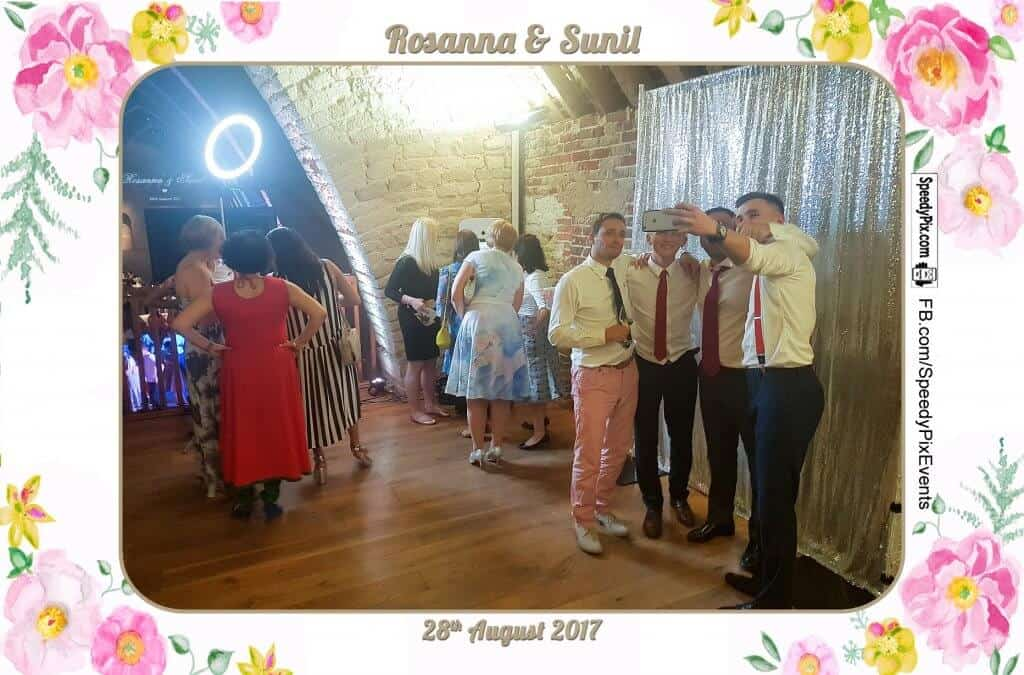 Book a Photo Booth for your Party Now 1 11