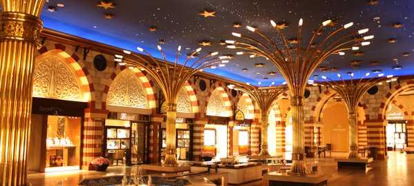 Dubai mall things to do dubai 72 600 270