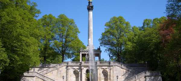 Friedensengel things to do munich 24 600 270