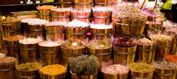 Gold and spice souks things to do dubai 63 600 270