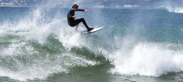 Surfing lessons things to do cape town 106 600 270