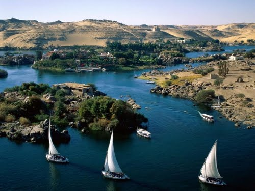 Featured medium photo of Aswan Dam on TripHappy's travel guide