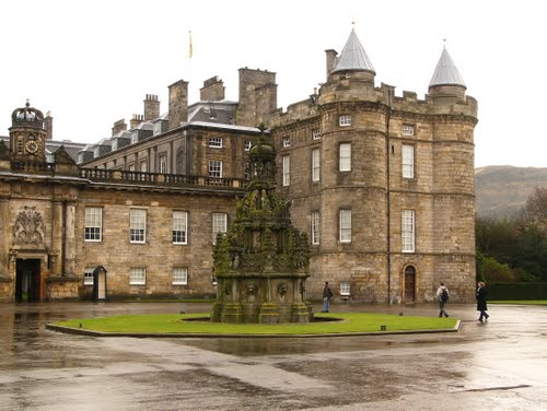 Featured medium photo of Palace of Holyroodhouse on TripHappy's travel guide
