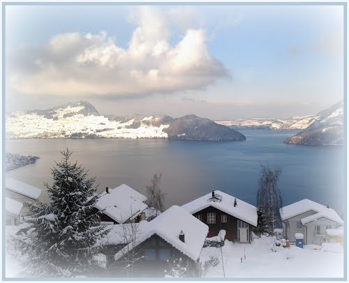 Featured medium photo of Lake Lucerne on TripHappy's travel guide