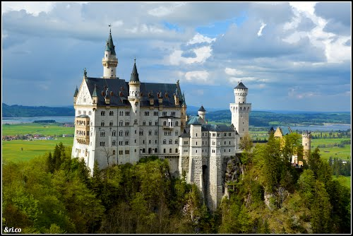 Featured medium photo of Hohenschwangau on TripHappy's travel guide