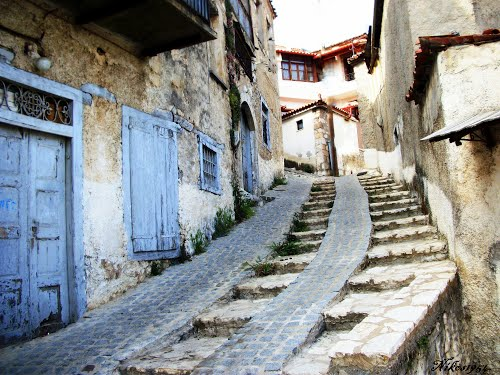 Featured medium photo of Arachova on TripHappy's travel guide