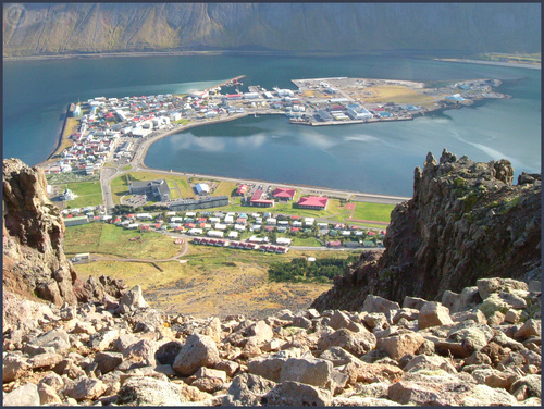 Featured medium photo of Ísafjörður on TripHappy's travel guide