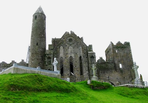 Photo of Hore Abbey in the TripHappy travel guide