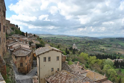 Photo of Montepulciano in the TripHappy travel guide