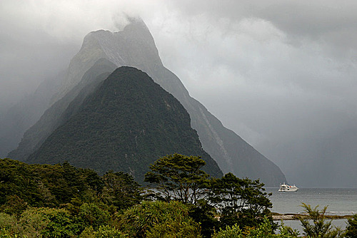 Photo of Milford Sound in the TripHappy travel guide