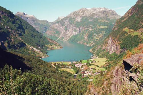 Photo of Geiranger in the TripHappy travel guide