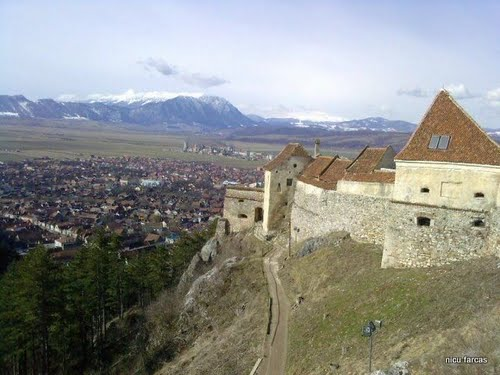 Featured medium photo of Râșnov on TripHappy's travel guide