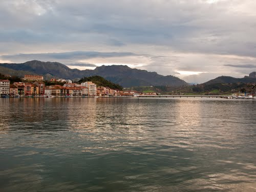 Featured medium photo of Ribadesella on TripHappy's travel guide