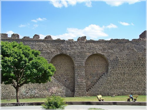 Featured medium photo of Diyarbakır on TripHappy's travel guide