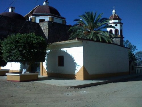 Photo of Santo Tomás Jalieza in the TripHappy travel guide